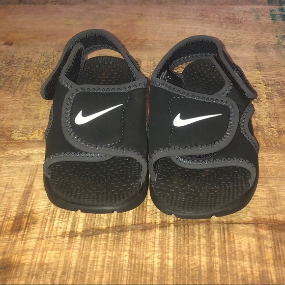 867da33e38a9f ... ireland nike velcro sandals toddler boys size 8 4e8dd 087ec